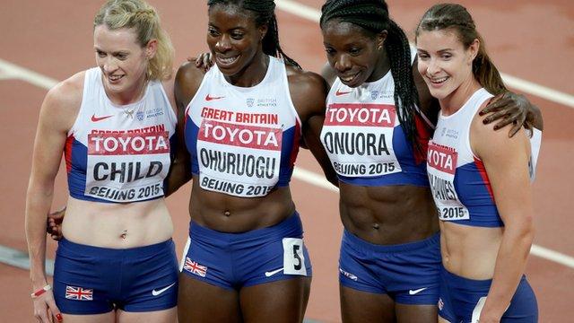 Great Britian 4x400m celebrate bronze