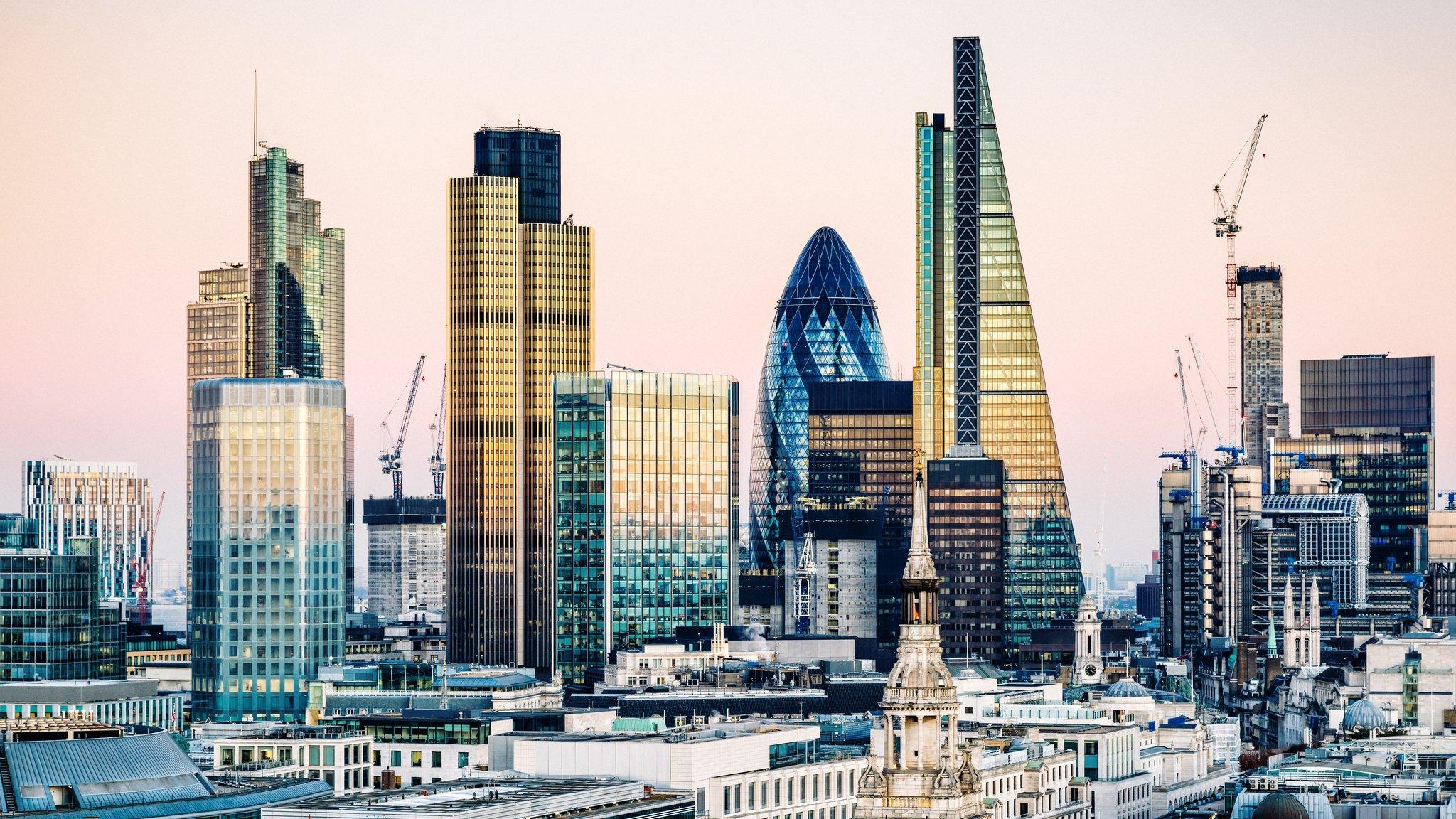 Hopes rise of UK-EU financial service deal