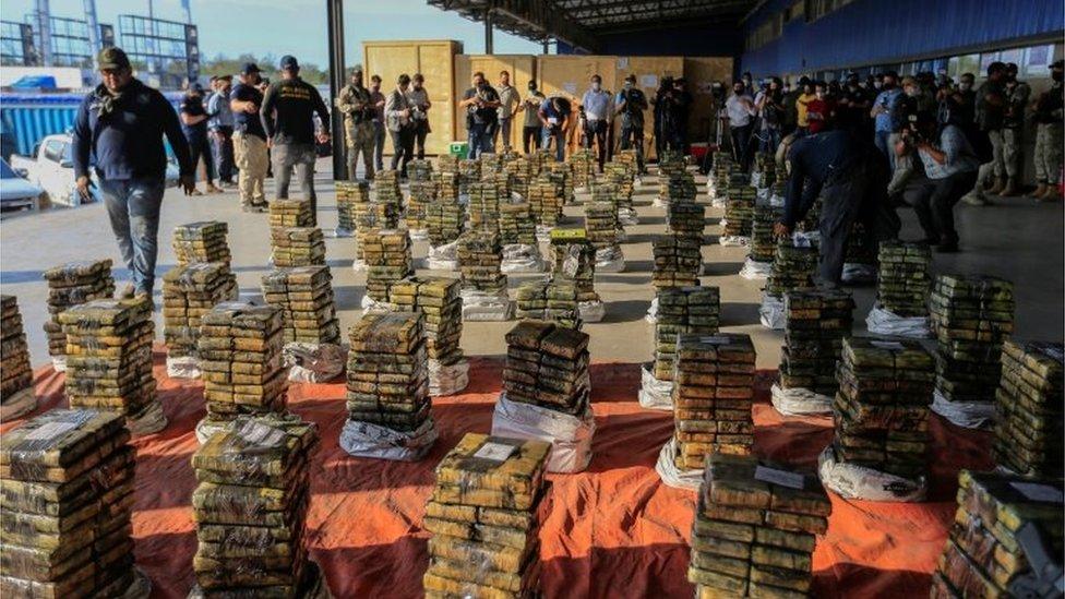 Penyitaan obat bius terbesar dalam sejarah Paraguay.