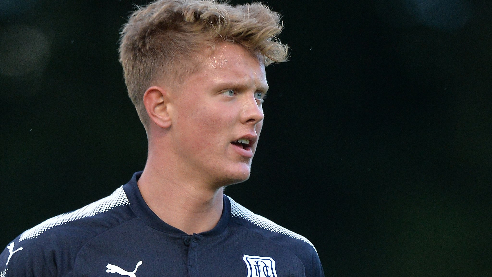 Mark O'Hara: Peterborough United sign Dundee midfielder