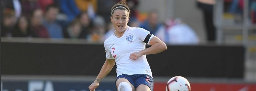 Lucy Bronze playing for England