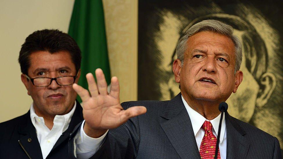 AMLO y Ricardo Monrea