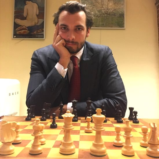 Thierry Baudet posed behind a chessboard for this BBC interview