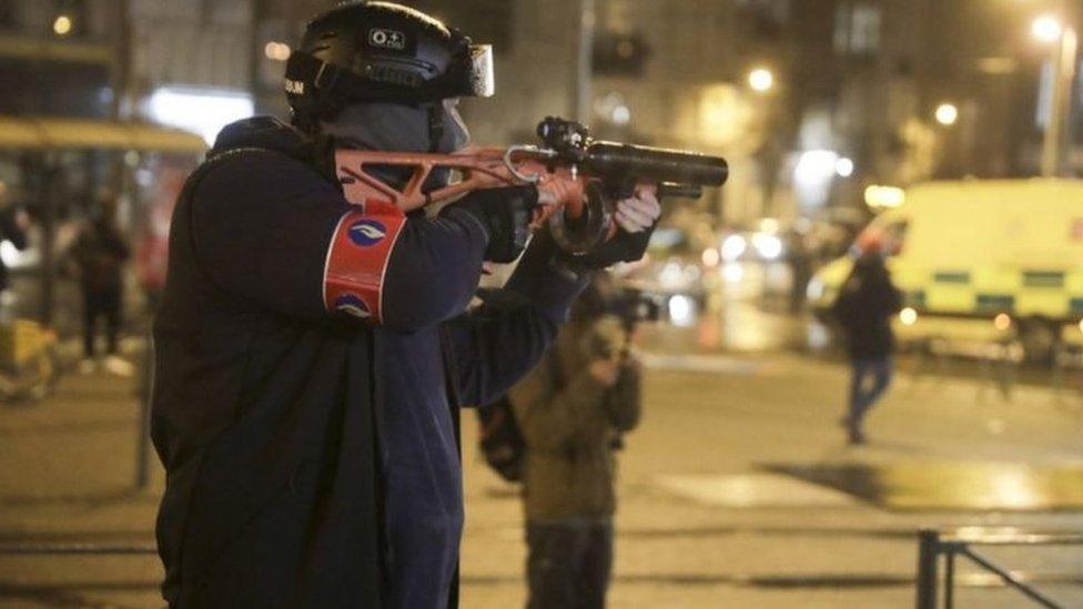 Brüksel polisi son bir yıldır orantısız şiddet kullandığı suçlamalarına hedef oluyor