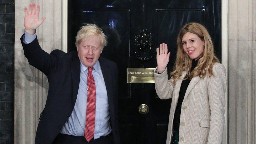 Boris Johnson ve nişanlısı Carrie Symonds