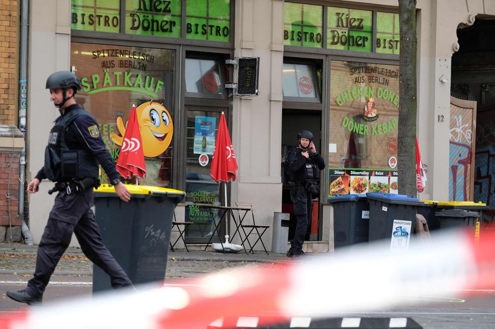Police at scene outside Doner kebab shop, Halle, 9 Oct 19
