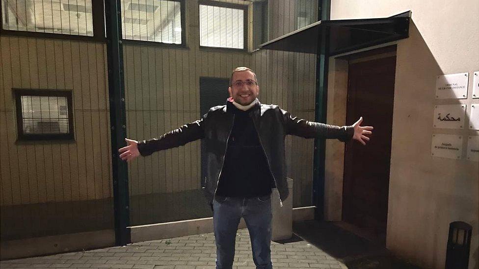 Информатор, передавший Gulagu.net записи пыток в колониях, просит убежища во Франции
