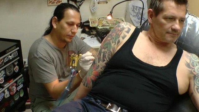 getting a tattoo in Havana