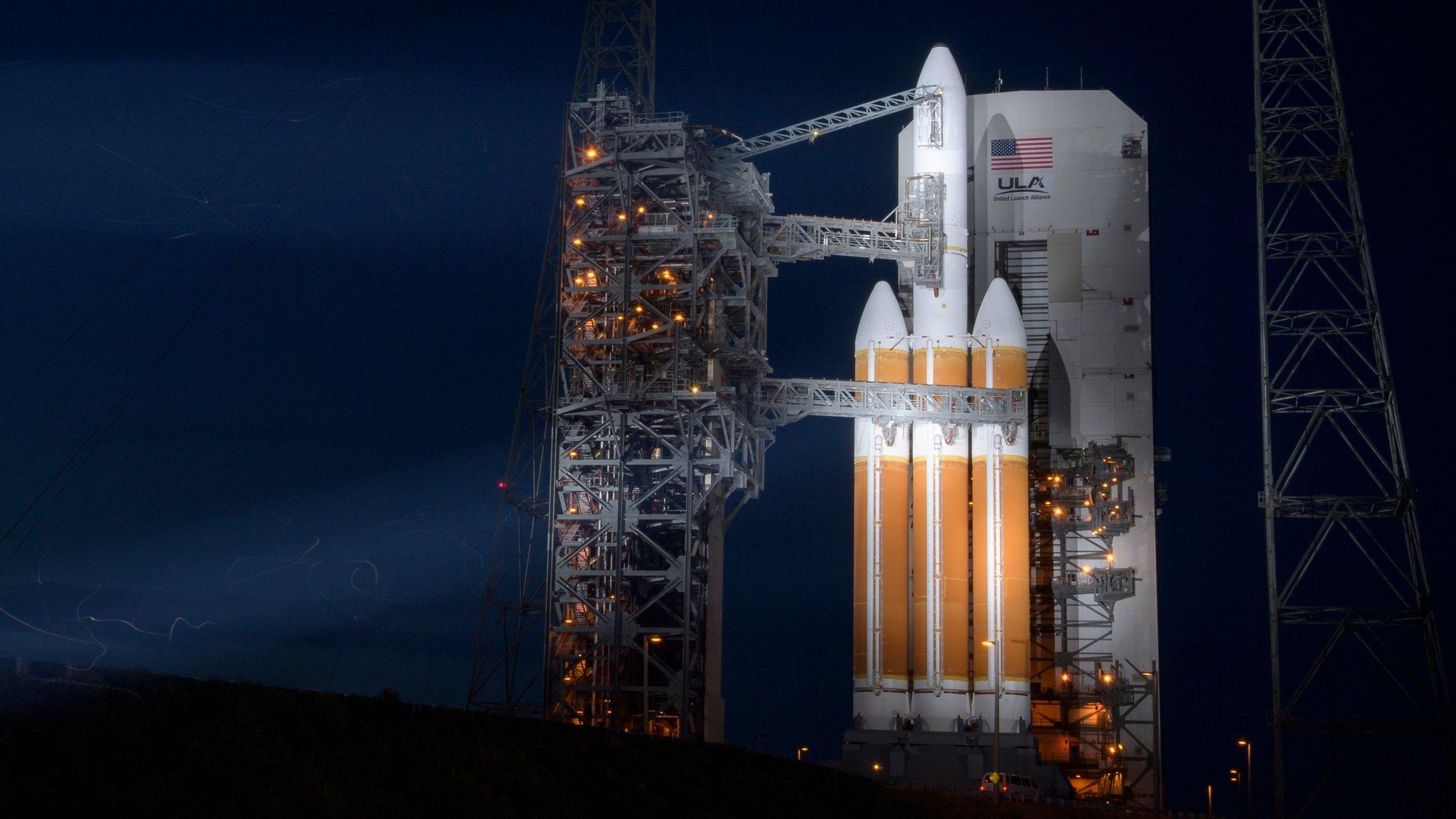 Parker Solar Probe: Nasa delays mission to unlock Sun's mysteries