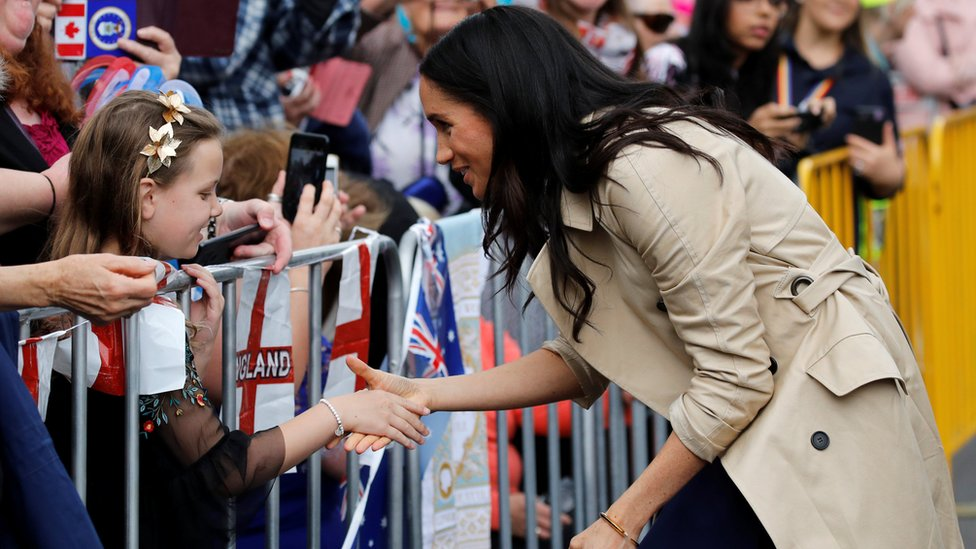 Duchess of Sussex meeting members of the crowd in Melbourne