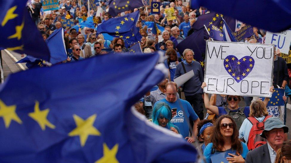 """FMI cita tensão causada pelo """"Brexit"""" como um dos novos problemas para a economia global"""