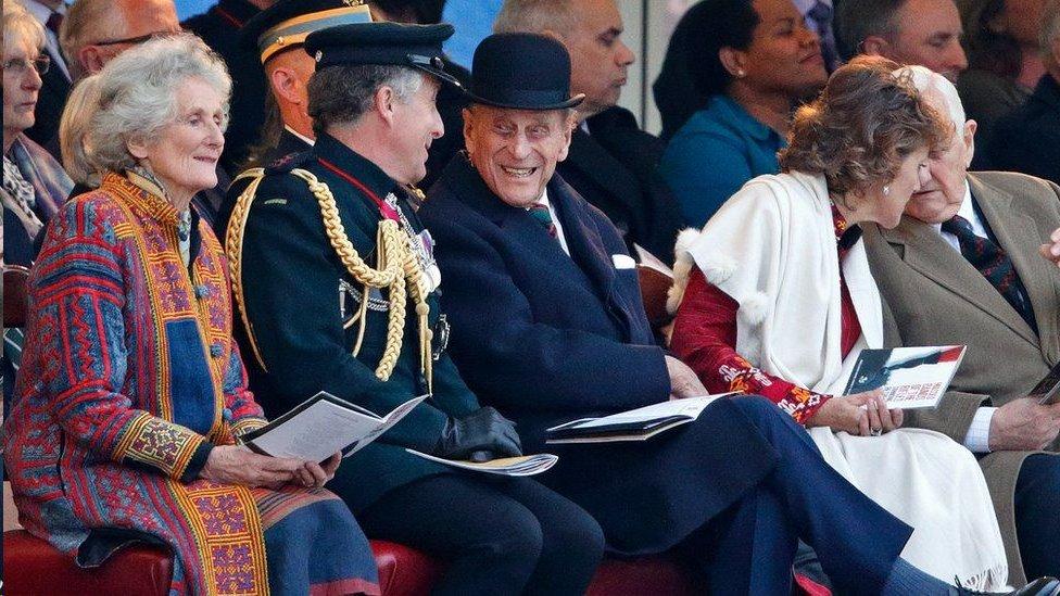 """قال السير نك إن الأمير فيليب أظهر دائما """"روح الدعابة والذكاء والتعاطف"""""""