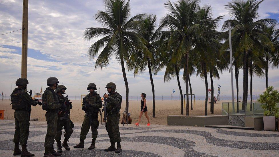 EJÉRCITO BRASILEÑO - Página 28 _103524487_gettyimages-941801764-1