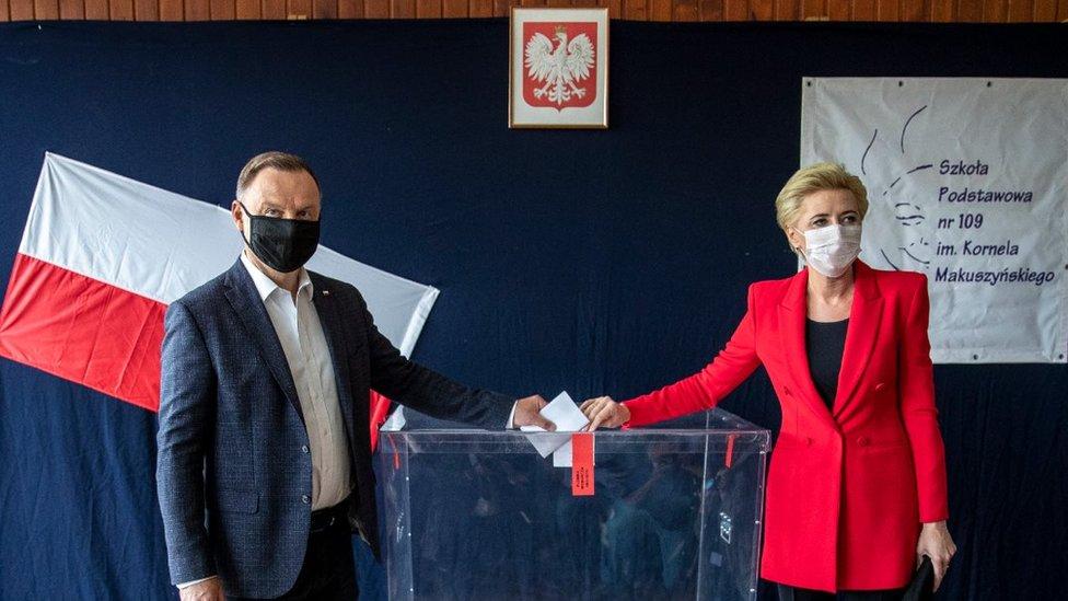 Дайджест: Интрига на выборах в Польше и обвинения Ивану Сафронову