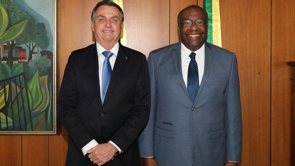 Presidente Jair Bolsonaro e o ex-ministro da Educação Carlos Alberto Decotelli