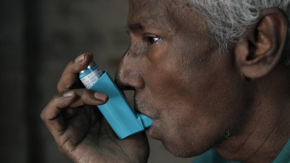 Astım tedavisinde genellikle nefesle çekilen inhale ilaçlar tercih ediliyor.