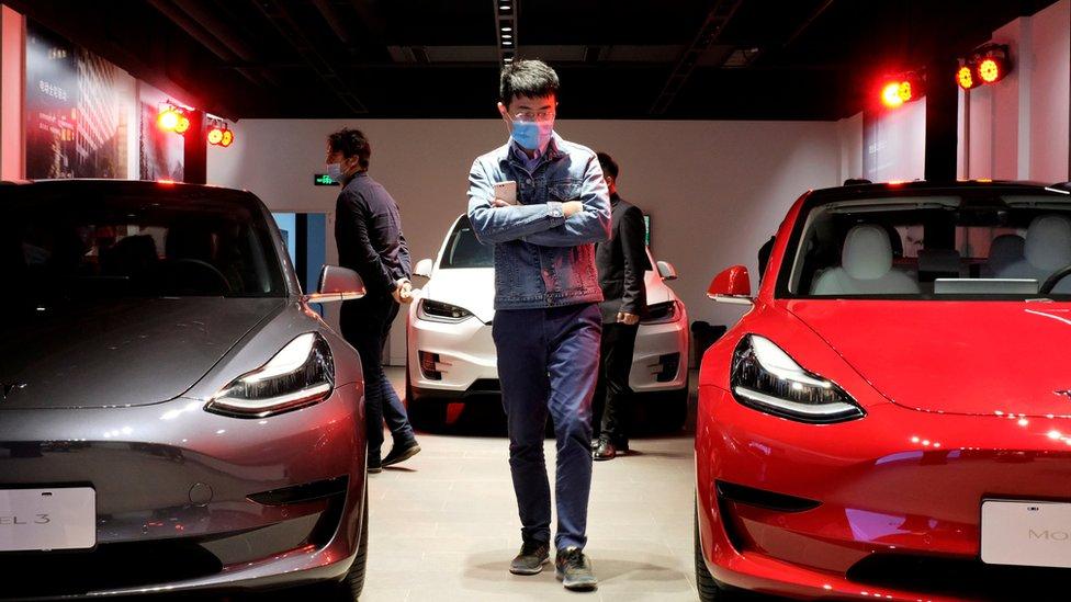 Tesla Model 3, mobil listrik