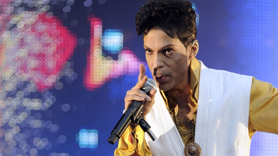 Prince Death Singer S Family Sues Doctor Over Opioid Addiction Bbc News