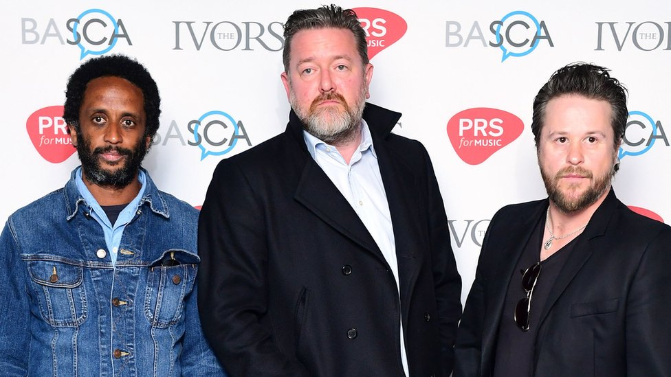 BBC News - Elbow to perform 'joyous' gig for live music campaign