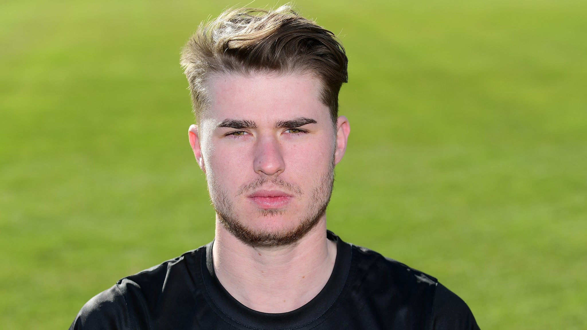One-Day Cup: Hankins leads Gloucestershire to easy win in Cardiff