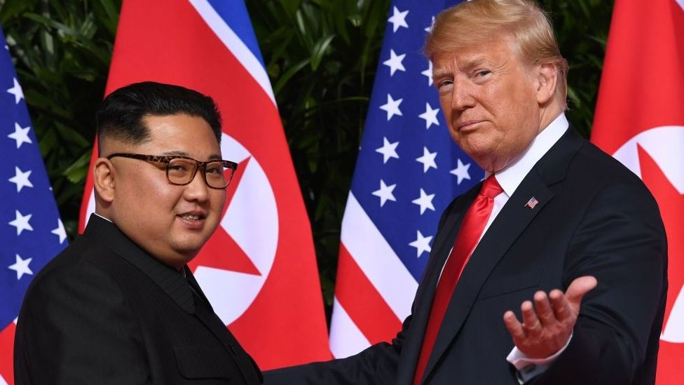 Kim Jong un and Donald Trump in Singapore