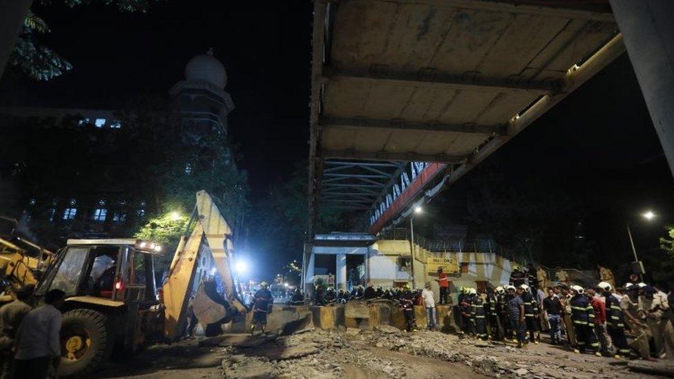 मुंबई ब्रिज हादसा