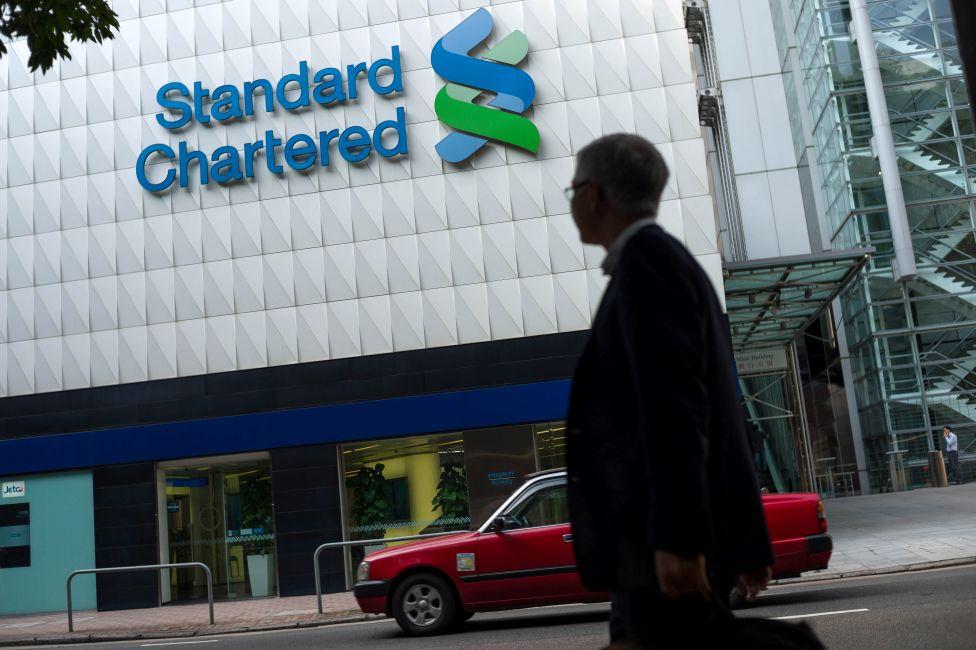 حول بنك ستاندرد تشارترد ما يقارب ١٢ مليون دولار (٩.٤ مليون جنيه إسترليني) من المدفوعات للبنك العربي في الأردن منذ عام ٢٠١٤ حتى عام ٢٠١٦.