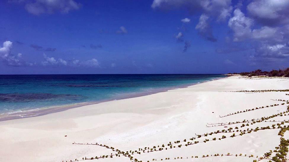 Playa en Barbuda
