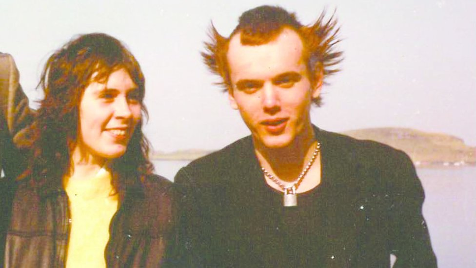 Fiona Gilbertson with her boyfriend, Raymond, in the 1980s.