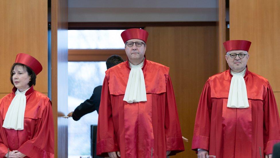 Almanya Anayasa Mahkemesi üyeleri