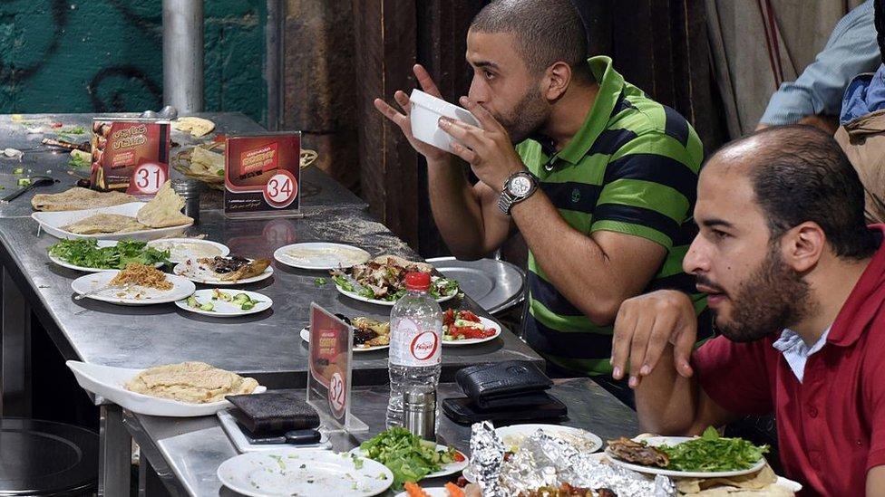El almuerzo en Egipto suele empezar bastante tarde.