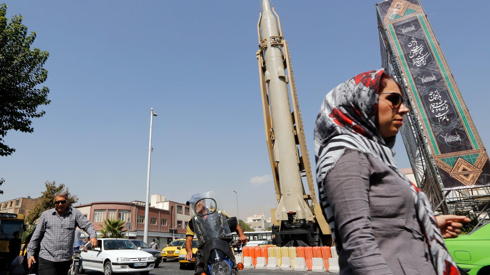 Иран обещает строить ракеты, несмотря на жалобы европейцев в ООН