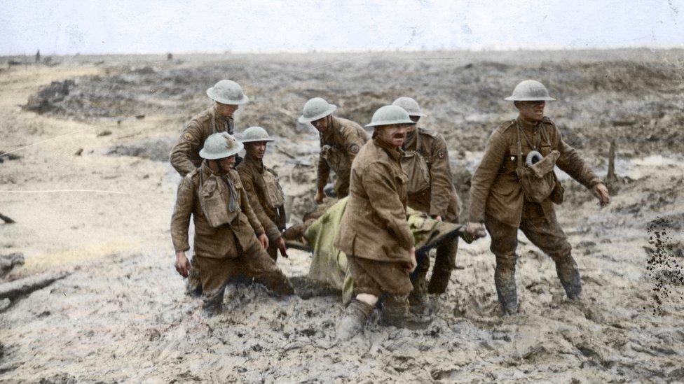Soldados en el lodo