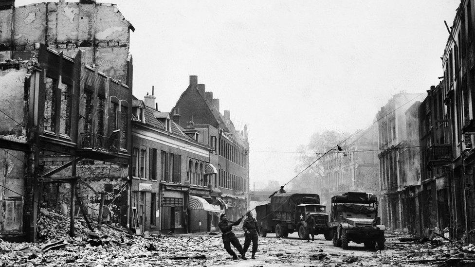 Liberación de la ciudad de Arnhem en 1944.