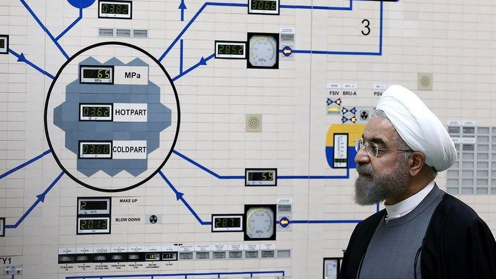 El presidente de Irán, Hasan Rohani, durante una visita a la planta nuclear de Bushehr.