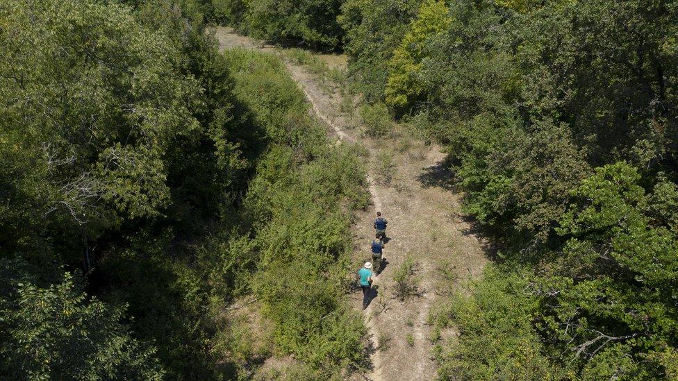 Patrulla griega cerca de la frontera con Albania