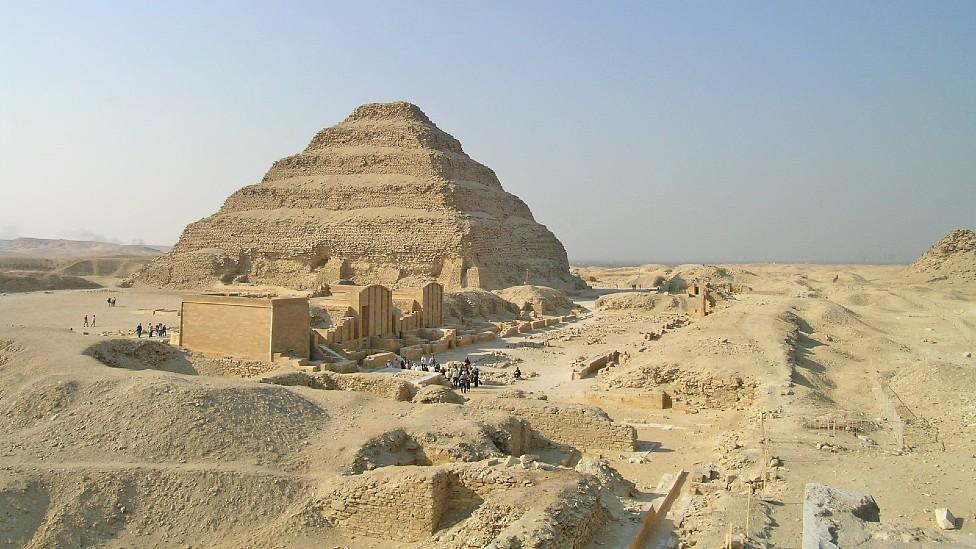 Pirámide de Djoser en Saqqara