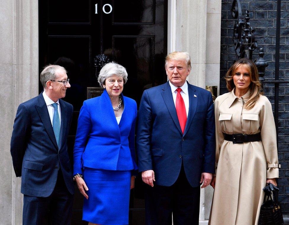 Sleva nadesno: Filip Mej, premijerka Tereza Mej, predsednik Tramp i prva dama Melanija Tramp ispred Dauning Strita broj 10.