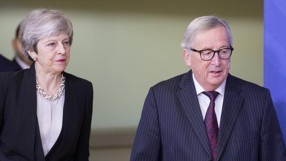Tereza Mej i Žan Klod Junker u Briselu