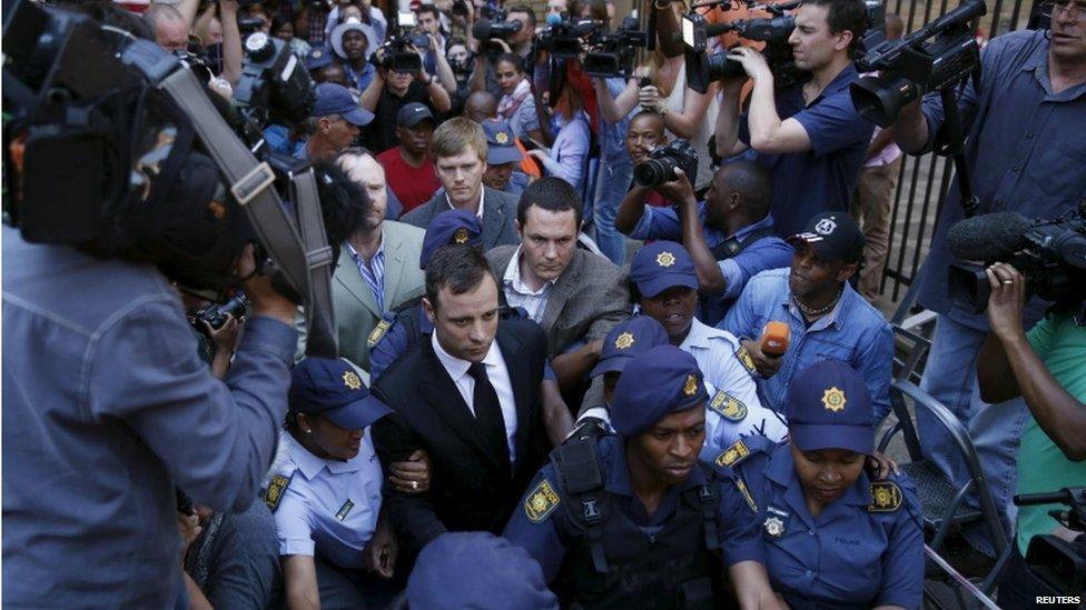 Pistorius leaves court in 2014