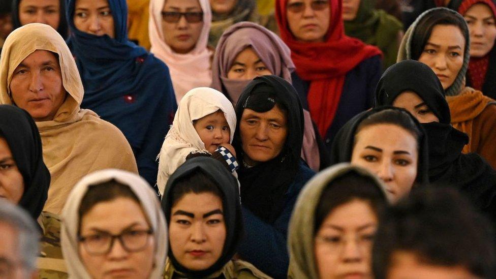Mujeres de la comunidad hazara