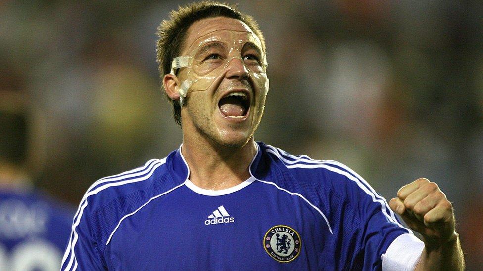 John Terry, un ícono del Chelsea, aunque ahora en el Aston Villa.
