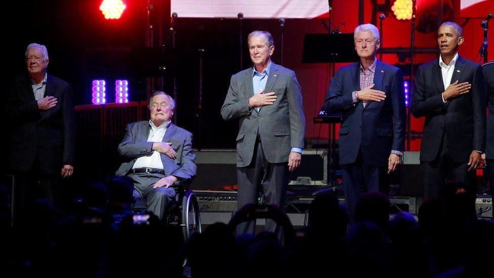 2017年10月,依然在世的五位美國前總統同框