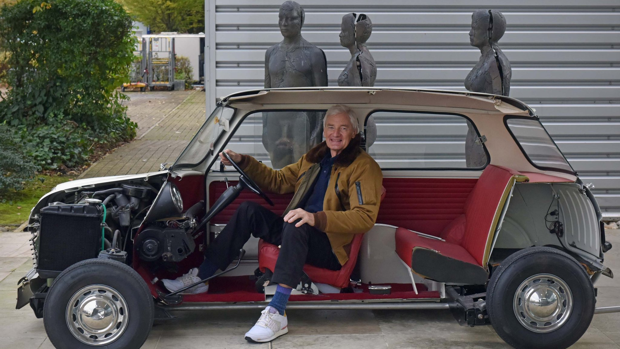 Dyson gears up for electric car testing
