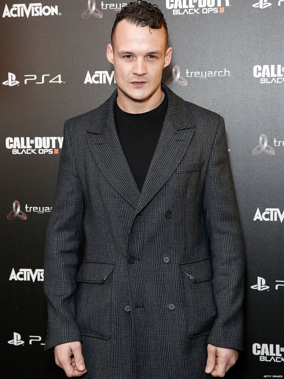Harry Potter Star Josh Herdman Gregory Goyle Launches Cage Fighting Career Bbc News Гарри меллинг / harry melling. bbc
