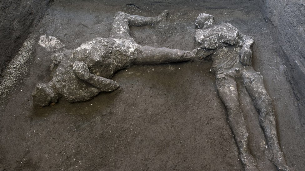 Pompeii: Dig uncovers remains of rich man and slave killed by Vesuvius thumbnail