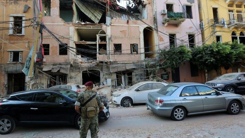 Gedung-gedung yang rusak di Beirut.