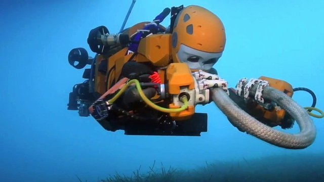 Stanford University's scuba diving robot