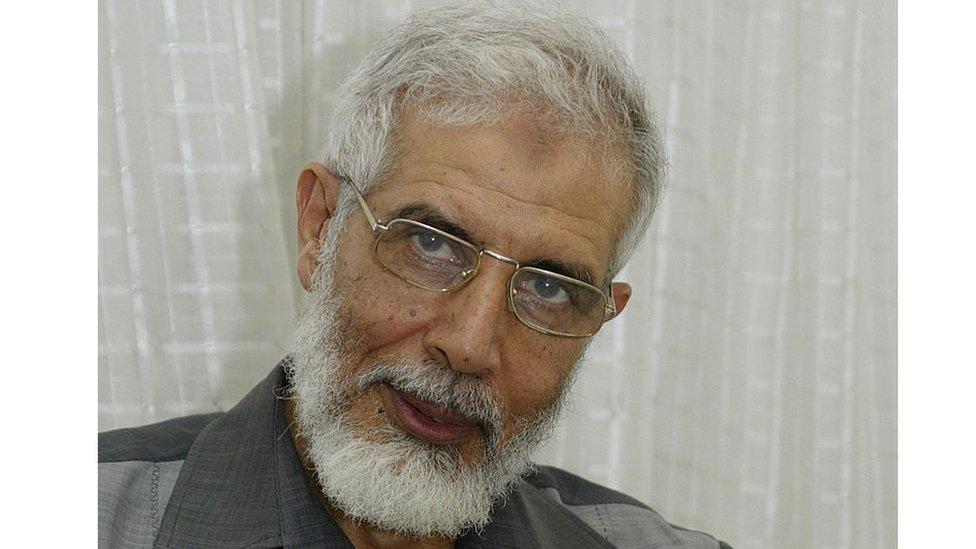 محمود عزت أحد قيادات الإخوان المسلمين