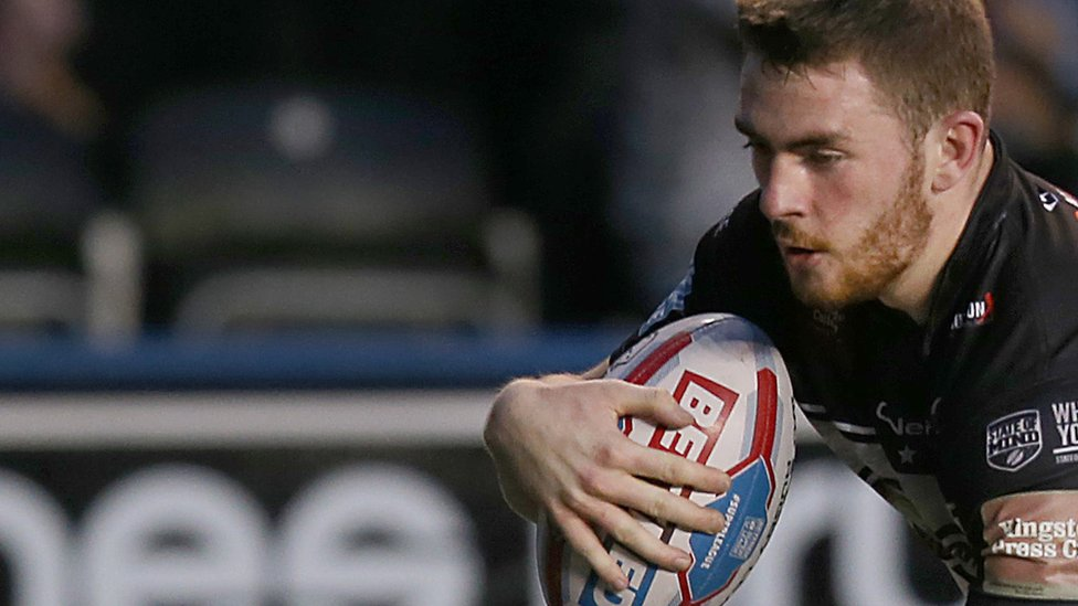 Ryan Ince: Widnes Vikings winger signs two-year contract